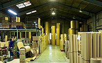 工場内 作業風景