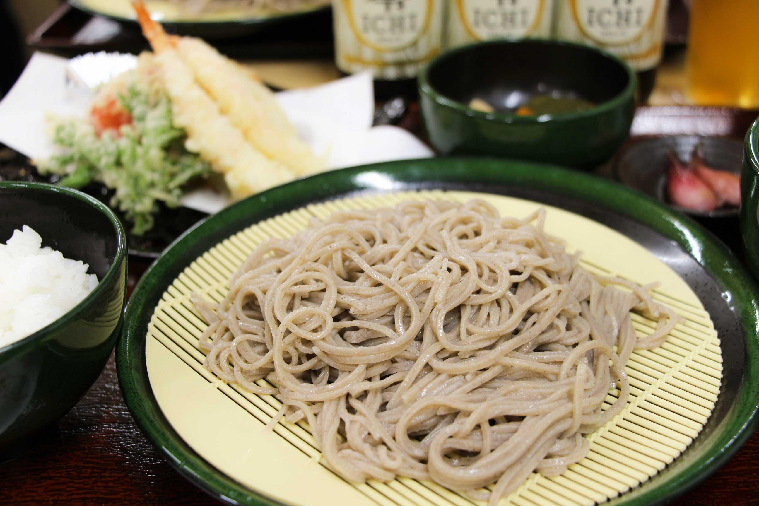 ざるそばと天ぷらの定食